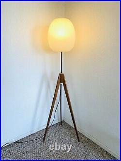 Original Vintage Teak Floor Lamp Space Age Tripod 70s 1960s Mid Century Atomic