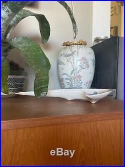 Rare Metlox Poppytrail Flying V MID CENTURY MODERN ATOMIC BOOMERANG Ceramic Dish