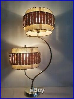 VTG Unusual MCM Mid Century Majestic Table Lamp Atomic 1960's Teak Slat Shade