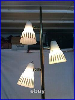 Vintage Mid-Century Modern Atomic Floor Pole 3 Adjustable Lamp 62in tall