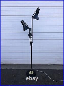 Vintage Mid Century Modern Atomic Pole Bullet 63 Floor Lamp 3 Cone Shades Black